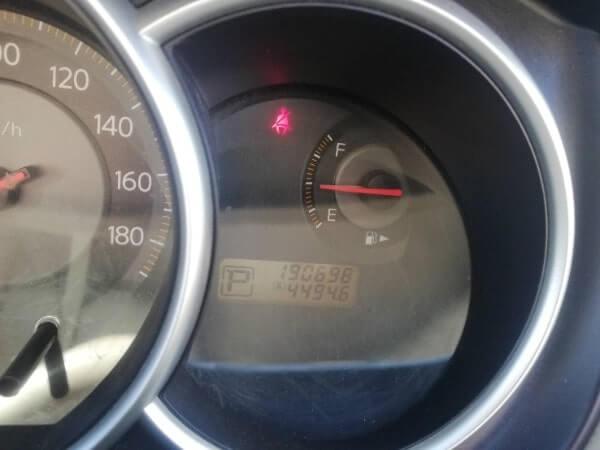 レンタカー会社に返した時のガソリン残量