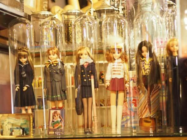 レトロスペース坂会館のリカちゃん人形