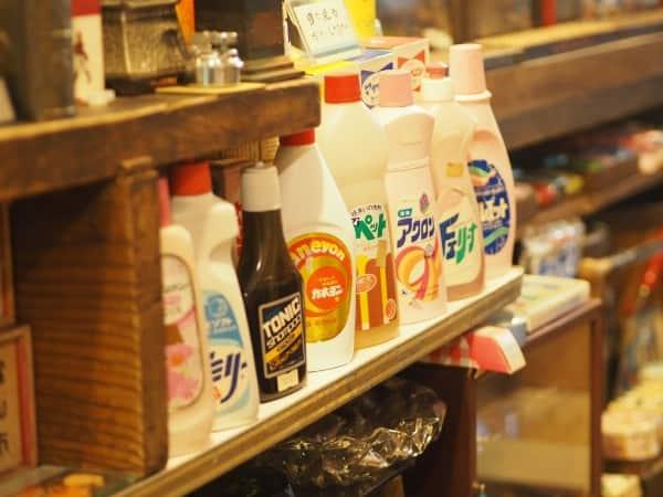 レトロスペース坂会館の洗剤の置物
