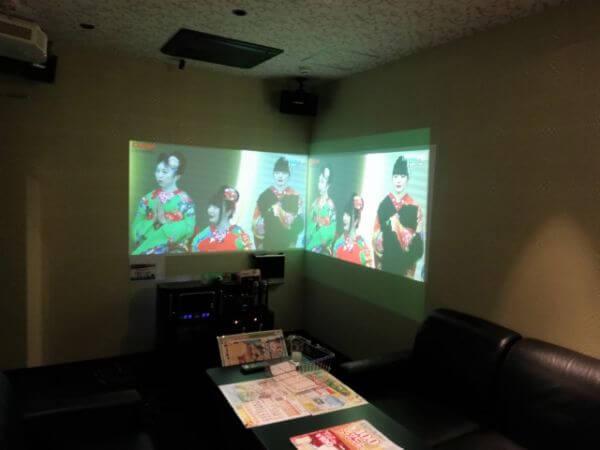 ラウンドワンのDVD/ブルーレイ鑑賞ルーム