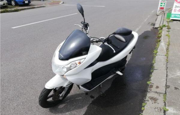 礼文島のレンタルバイク屋「catrock」のPCX125