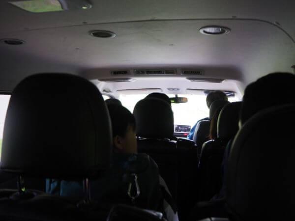 スコトン岬に向かう車中の様子