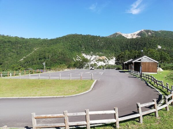 ニセコ五色温泉野営場の駐車場