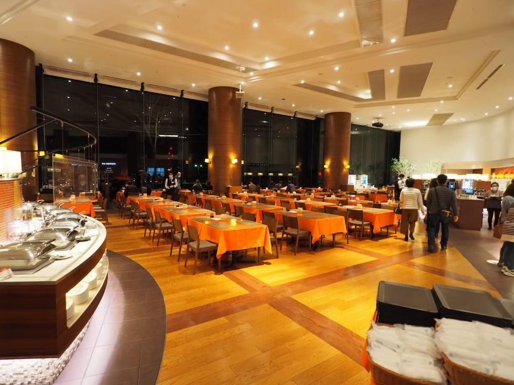 「鶴雅ウイングス」のレストラン「HAPO」