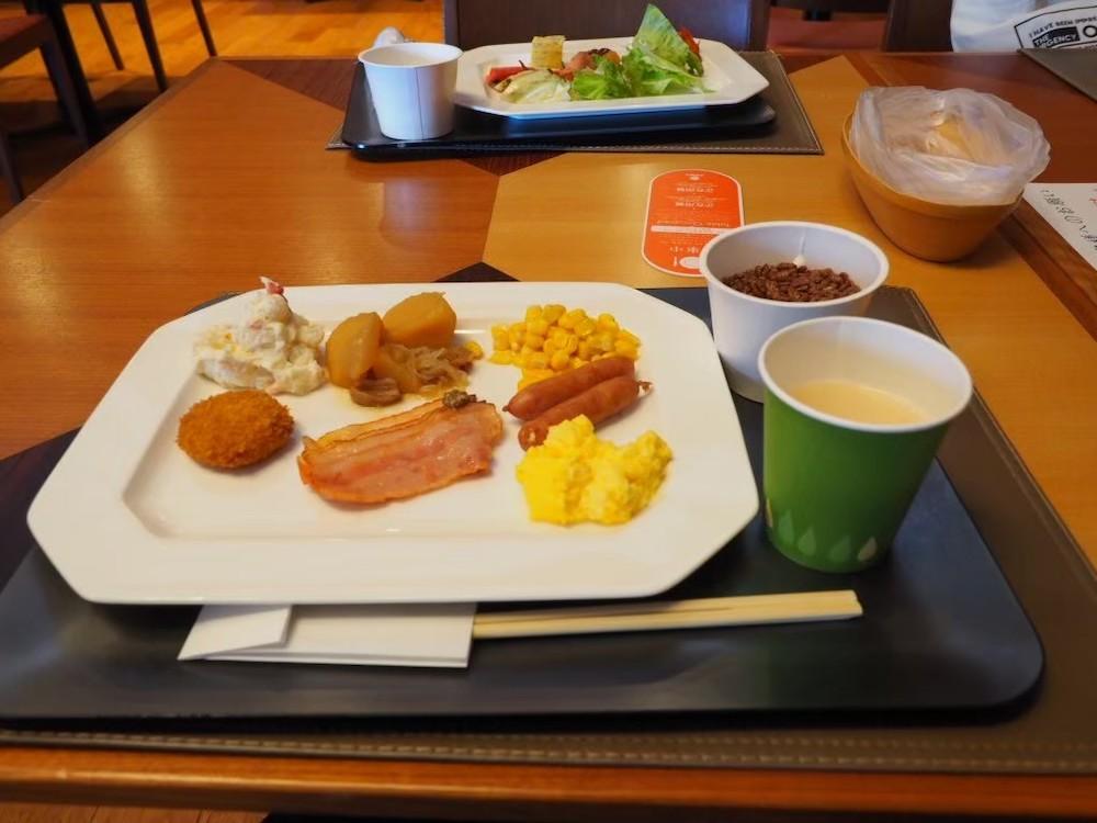 「鶴雅ウイングス」のレストラン「HAPO」の朝食